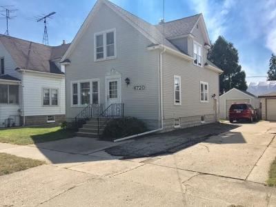 Kenosha Single Family Home For Sale: 6720 27th Ave