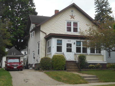 Watertown Single Family Home For Sale: 1413 E Main St