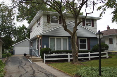 Butler Single Family Home Active Contingent With Offer: 12745 W Peck Pl