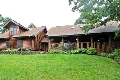 Kenosha County Single Family Home For Sale: 39236 92nd St