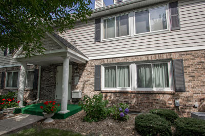 Elm Grove Condo/Townhouse Active Contingent With Offer: 1102 Pilgrim Pkwy