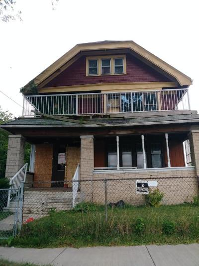 Milwaukee Two Family Home For Sale: 3860 N 20th St #3862