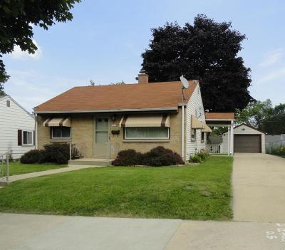 Milwaukee Single Family Home For Sale: 3332 S 60th St.