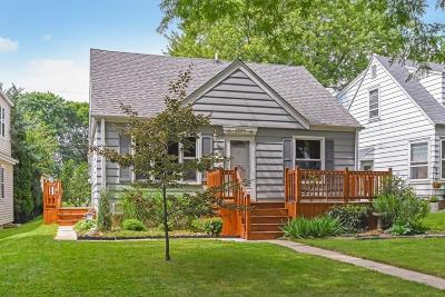 Milwaukee Single Family Home For Sale: 2863 N 87th St
