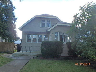 West Allis Single Family Home For Sale: 1537 S 59th St
