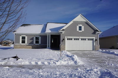 Racine Single Family Home Active Contingent With Offer: 4615 Bannoch Dr #Lt39