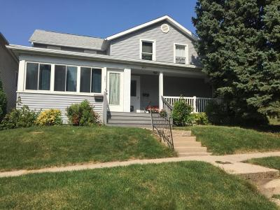 Jefferson Single Family Home Active Contingent With Offer: 303 S Copeland Ave
