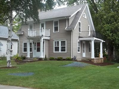 Cedarburg Single Family Home For Sale: W66n540 Madison Ave