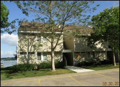 Kenosha County Condo/Townhouse For Sale: 512 Bayview Ave. #3