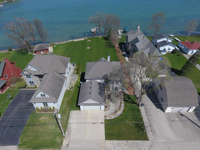 Racine County Single Family Home For Sale: 30968 Weiler Rd
