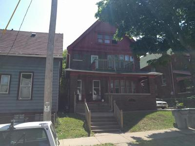 Milwaukee Multi Family Home For Sale: 111 W Concordia #113
