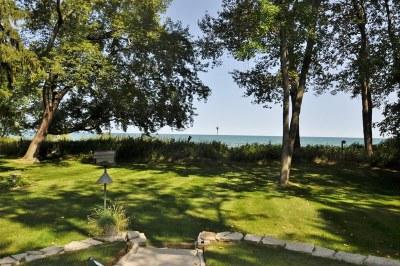 Ozaukee County Single Family Home For Sale: 6842 Jay Road Beach S