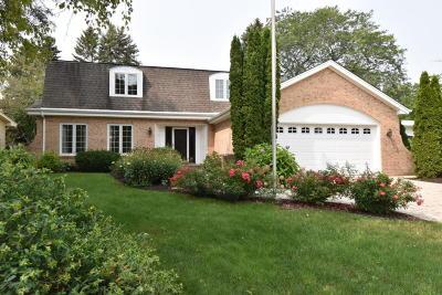 Racine Single Family Home For Sale: 3306 Michigan Blvd