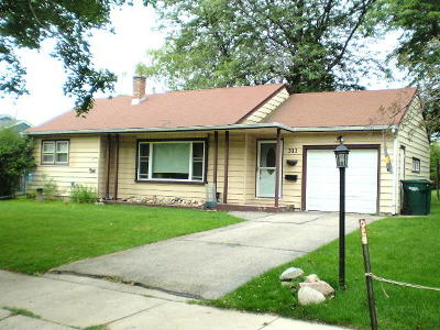 Ozaukee County Single Family Home For Sale: 311 N Roger St
