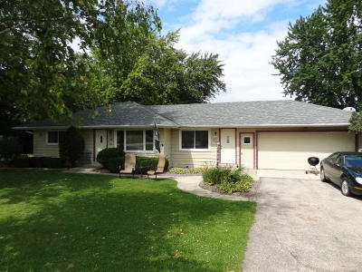 Jackson WI Single Family Home For Sale: $232,500