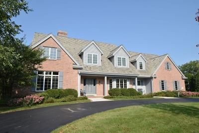 Ozaukee County Single Family Home Active Contingent With Offer: 10719 N Gazebo Hill Pkwy W