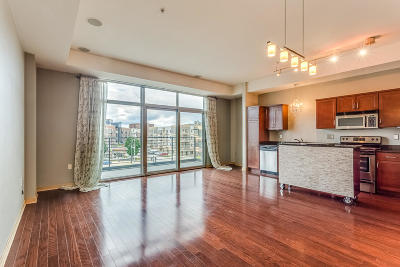 Milwaukee County Condo/Townhouse Active Contingent With Offer: 106 W Seeboth St #406