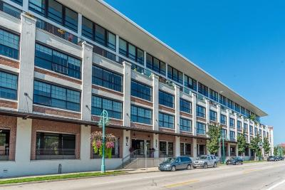 Milwaukee Condo/Townhouse Active Contingent With Offer: 311 E Erie St #310