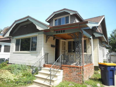 West Allis Single Family Home For Sale: 2058 S 83rd St