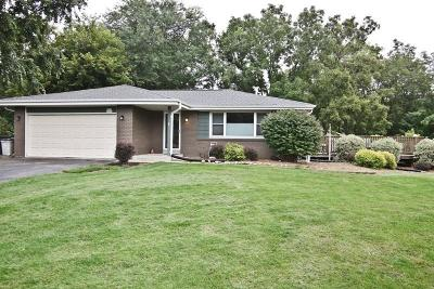 Oconomowoc Single Family Home Active Contingent With Offer: W394n5776 Courtland