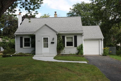 Hales Corners Single Family Home Active Contingent With Offer: 5732 S 115th St