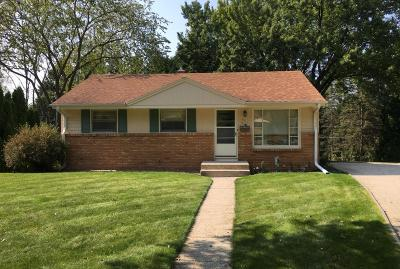 Ozaukee County Single Family Home For Sale: W60n779 Jefferson Ave