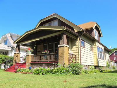 Milwaukee Single Family Home For Sale: 4056 N 14th St
