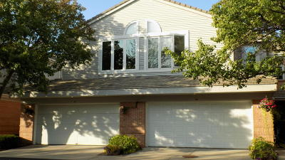 Racine County Condo/Townhouse For Sale: 68 Harborview Dr