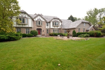 Ozaukee County Single Family Home For Sale: 10024 N Vintage Dr