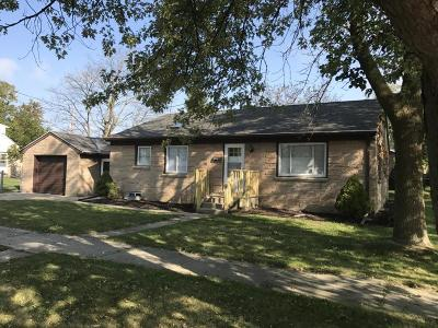South Milwaukee Single Family Home For Sale: 802 Manistique Ave