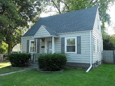 Milwaukee Single Family Home For Sale: 5151 N 49th St