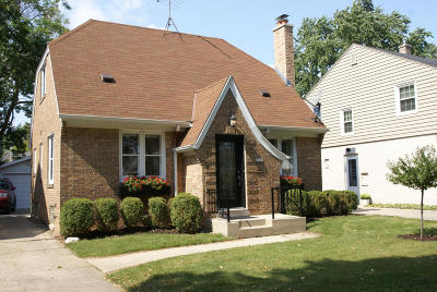 Milwaukee County Single Family Home For Sale: 2459 N 83rd St
