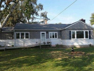 Oak Creek Single Family Home Active Contingent With Offer: 1708 W Oakwood Rd