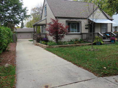 Single Family Home For Sale: 3857 N 86th St