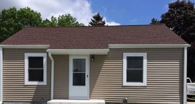 Waukesha Single Family Home For Sale: 125 Walton Ave