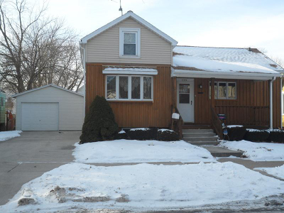 Single Family Home For Sale: 1534 N 11th St