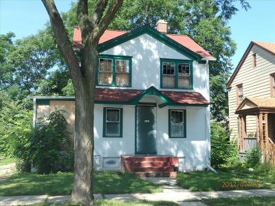 Milwaukee Single Family Home For Sale: 4447 N 26th St