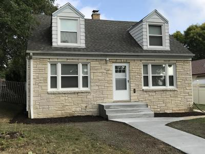 Milwaukee Single Family Home For Sale: 7152 W Nash St