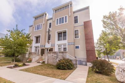 Milwaukee Condo/Townhouse For Sale: 2904 N Cambridge Ave #202