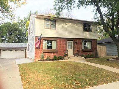 Milwaukee County Single Family Home For Sale: 6613 S 20th St