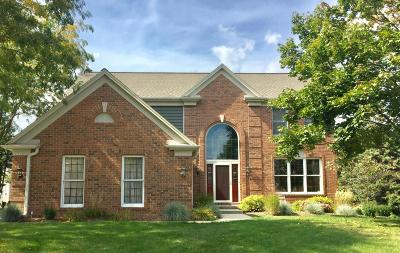 Waukesha County Single Family Home Active Contingent With Offer: 13860 W Linfield Dr