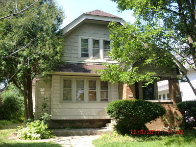 Milwaukee County Two Family Home For Sale: 2923-2925 N 54th St