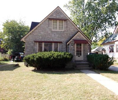 Milwaukee County Single Family Home For Sale: 4221 N 40th St