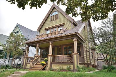 Milwaukee Single Family Home Active Contingent With Offer: 2920 N Cramer St
