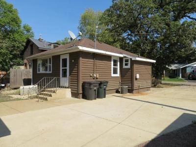 Kenosha County Single Family Home For Sale: 813 S 6th St