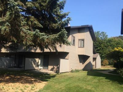Milwaukee County Condo/Townhouse For Sale: 9217 N 70th St