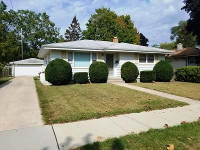 Kenosha County Single Family Home For Sale: 5208 55th Street