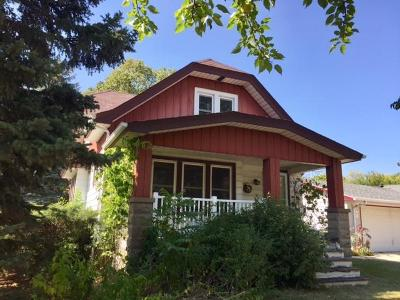 Milwaukee Single Family Home For Sale: 5373 S 6th St