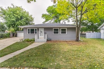 Kenosha County Single Family Home For Sale: 8423 20th Ave