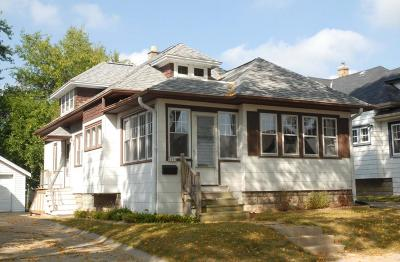 West Allis Single Family Home For Sale: 1959 S 90th St